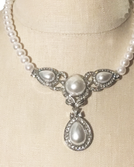 Crystal and Pearl Statement Necklace Set