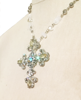 Bling Crystal Cross Pendant Necklace